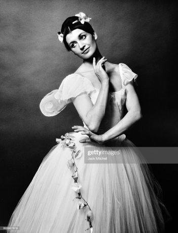 Carla Fracci in La Sylphide, 1967. (Photo by Jack Mitchell/Getty Images)